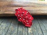 革花のスリーピン(花芯つき)  タマゴサイズ  赤の画像