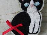 白黒ネコ*ブローチの画像
