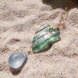 銀化ローマングラスとカルセドニーのネックレス 14kgfの画像