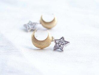 金の三日月と銀の星 ピアスの画像