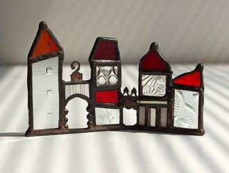 小さな村の灯り 赤の画像