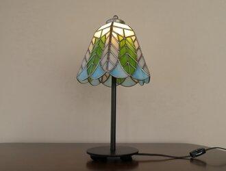 リーフ(葉っぱの模様A)ステンドグラスランプ(テーブルランプ)・ガラス照明  Lサイズの画像