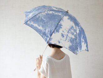 折りたたみ日傘 しぼり染めの画像