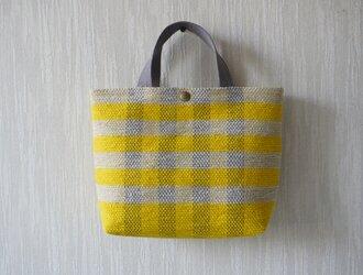【受注制作】裂き織りのバッグM マスタード×淡いグレージュ チェックの画像