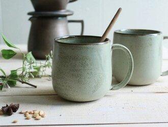 マグカップ 丸底 (L) 淡いグリーンマット系  陶器の画像