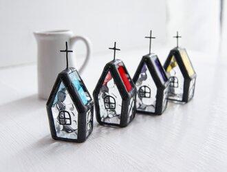『小さな教会』ステンドグラスの画像