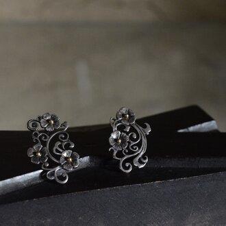 arabesque and flowers earrings