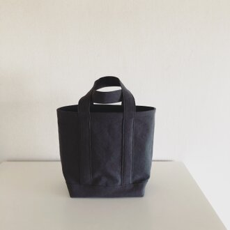 TOTE BAG (L) / charcoal