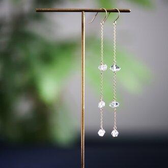K10ハーキマーダイヤモンドの少し長めのピアス ~Apolena