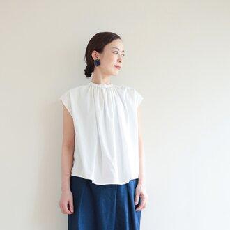 Madeleine blouse / white