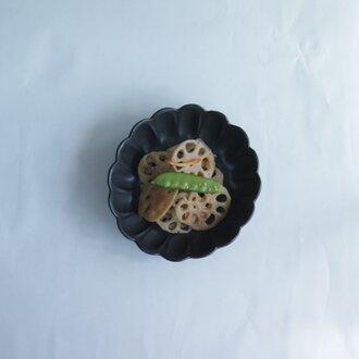 輪花鉢 サイズ小 黒