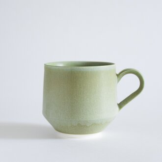 Mug A  color:spring green