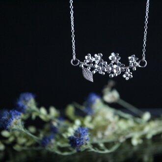 Silver necklace「The long awaited season」
