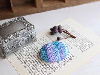 【受注生産】糸の宝石ブローチ〔パープル〕の画像