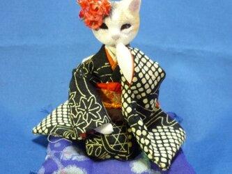 k様オーダー品 双子の振袖猫さん 妹猫さんの画像