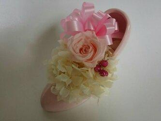 プリザーブドフラワーPrettyハイヒール ピンクの画像