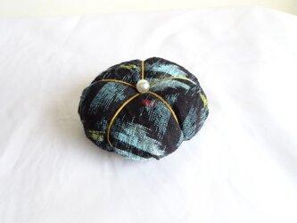 久留米絣:三色絣のピン・クッション(P-3)の画像