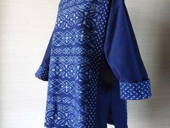 手織り久留米絣:ボーダー柄のチュニック・プラウス(W-24)の画像