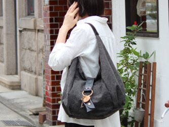 polta-クロ(タンニン染め帆布×杤木レザーバッグ)の画像