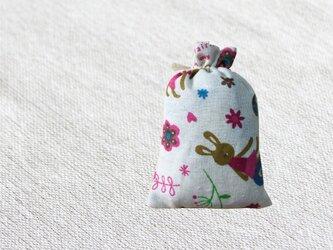 森のサシェ S  Rabbit -ヒノキの香り-の画像