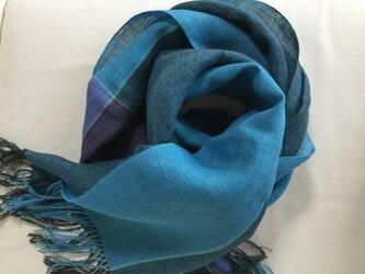 リネンの手染め・手織りのストールの画像