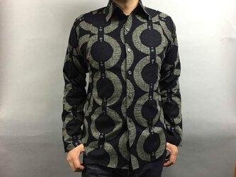 長袖和柄シャツ(輪つなぎ絣文様 )濃紺の画像