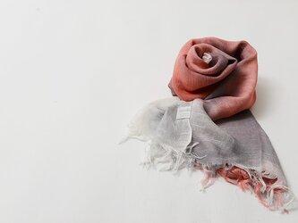 国産シルク100%手描き染めストール Pink&Grayの画像