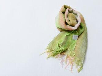 国産シルク100%手描き染めストール green&purple&pinkの画像