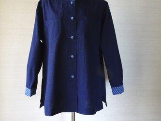 手織り久留米絣:段染め立て襟のシャツ・ブラウス(W-37)の画像