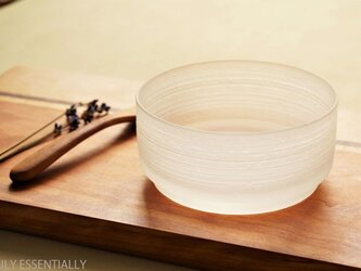 ガラスのボウル (直径10.5cm) ●「 The Vessel of Light - 月明かりの器 」の画像