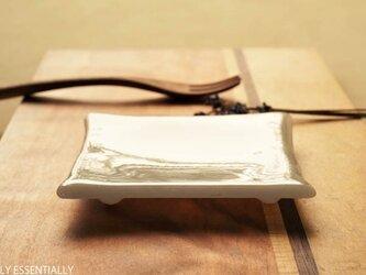 2枚組 ● 純白ガラスの器 -「 KAZEの肌 」● 10.5cmの画像