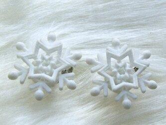 雪が降るsimple・イヤリングの画像
