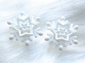 雪が降るsimple・ピアスの画像