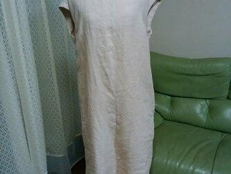 ジャンバースカートにもなるリネンノースリーブワンピースの画像