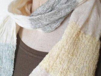 カシミヤ手織りフリルマフラーの画像