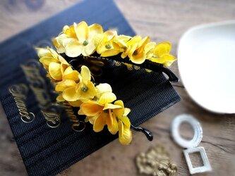 【受注生産】金木犀のようなバナナクリップ■イエローカーキの画像