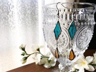 ステンドグラス エキゾチックなピアス~琥珀色~の画像