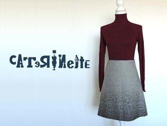 [一点もの]イタリア人作家の秋冬・北欧テイストのスカートの画像