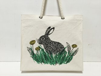 paperbag-shaped bag - rabbit and dandelion ①の画像