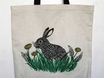 rabbit and dandelion tote w/long handle 綿×麻の画像