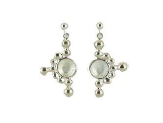Light_tate(Silver)Pierced Earringsの画像