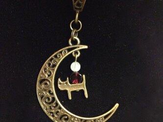 月と猫シリーズ★彡ムーンストーンとガーネットのネックレスの画像