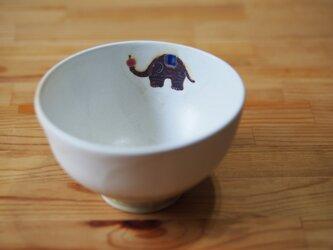 ゾウと森のお茶碗 の画像