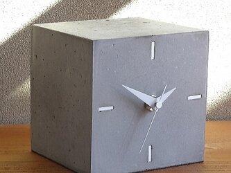 キューブ置き時計コンクリート製[0206]の画像