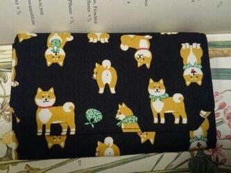 蛇腹カードケース  柴犬の画像