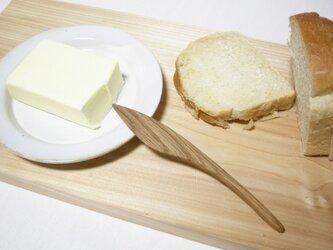 木のバターナイフの画像