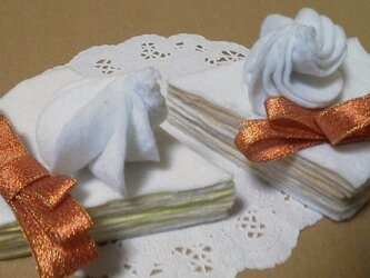 フェルトのミルクレープ風ケーキ*スイーツの画像