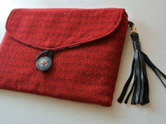 ウールのクラッチバッグ・赤の画像