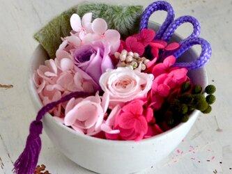 【ピンクパープル】バラとアジサイの和風アレンジ プリザーブドフラワー 花ギフト お祝い 正月の画像