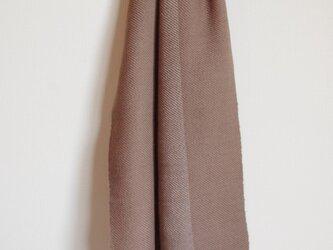 ブラウン&グレー 草木染・優しい色の手織りウールマフラー (枇杷&ヤシャブシ)の画像